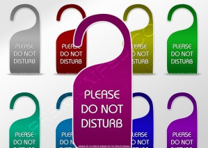 Please Do Not Disturb Tag Sign – PSD Download
